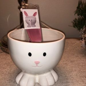 Bunny Bowl with Bunny Ear Spreaders